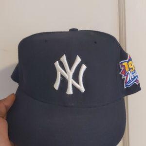 Vintage1999 New York Yankees World series Hat